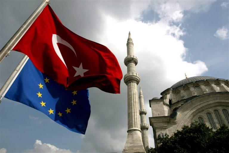 «Η επαναφορά της θανατικής ποινής στην Τουρκία απομακρύνει τη χώρα από την ΕΕ» | Newsit.gr