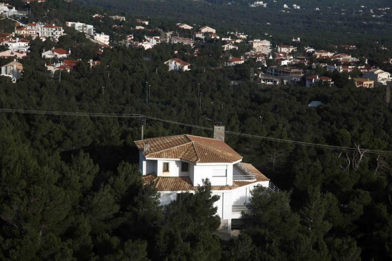 Ημιυπαίθριοι: Χαράτσι 30% στα ακριβά εκτός σχεδίου εξοχικά   Newsit.gr