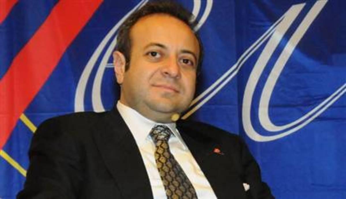 Με «ένωση των Κατεχομένων με την Τουρκία» απειλεί τώρα ο υπουργός Ε.Ε της Τουρκίας Εγκεμέν Μπαγίς. | Newsit.gr