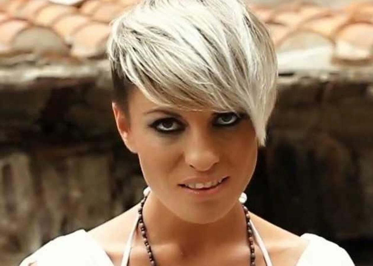 Μαρία Εγγλέζου: Αγνώριστη με νέο look η σύζυγος του Μιχάλη  Ιατρόπουλου   Newsit.gr