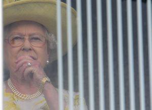 Η βασίλισσα Ελισάβετ έχει έτοιμο λόγο για τον Γ' Παγκόσμιο Πόλεμο