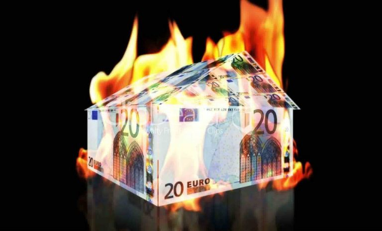 Sueddeutsche Zeitung:Τρύπα 30 δις ευρώ στην Ελλάδα | Newsit.gr