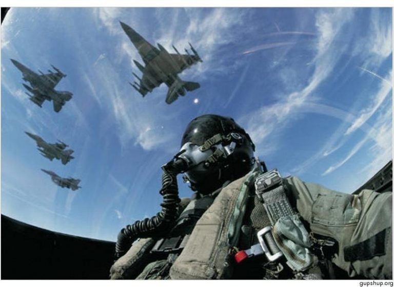 Video με τα «γαλλικά» των πιλότων στις αερομαχίες! | Newsit.gr
