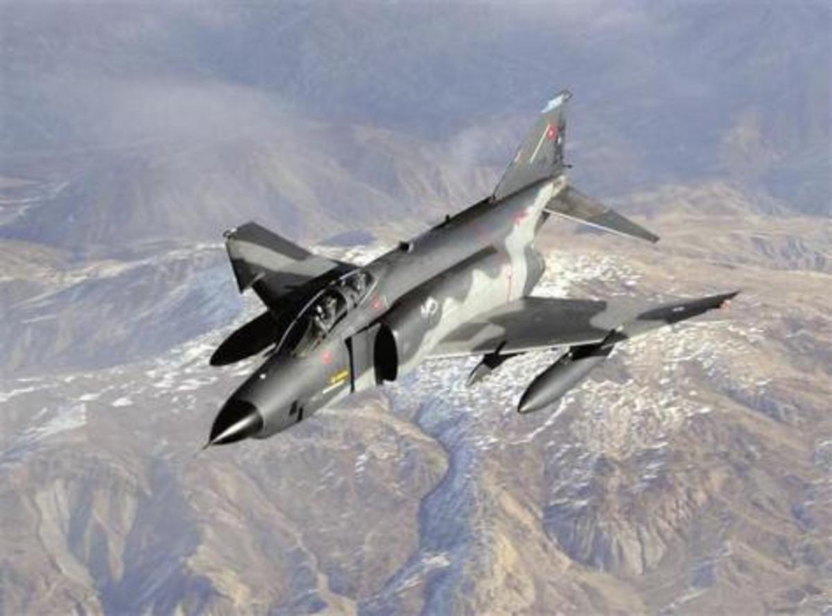 «Το αεροσκάφος σας πετούσε εντός εναέριου χώρου της Συρίας»! Οι ΗΠΑ διαψεύδουν τους Τούρκους! | Newsit.gr