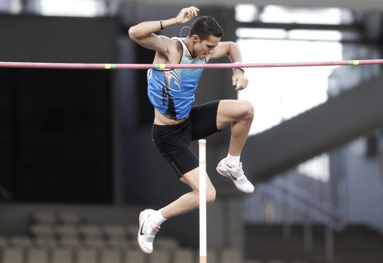 Στον τελικό του επί κοντώ ο Φιλιππίδης | Newsit.gr