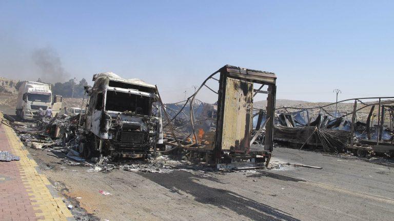 Kλείνουν τα σύνορα Τουρκίας – Συρίας μετά το πυρπολισμό φορτηγών   Newsit.gr