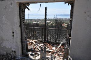 Φωτιά στους Αγίους Θεοδώρους: Έπιασαν 28χρονο για εμπρησμό!