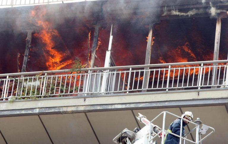 Νεκρές δυο γυναίκες από φωτιά σε διαμέρισμα στο Παγκράτι   Newsit.gr