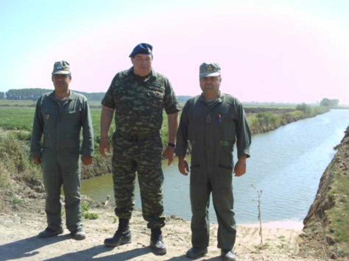 Ο Φράγκος στη τάφρο του Έβρου,απαντά στον προκλητικό Μπαγίς | Newsit.gr