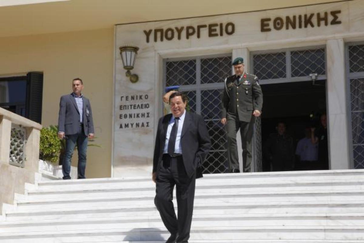 Ο Φράγκος μιλά για την πολιτική, την Τουρκία και τις ελληνικές Ένοπλες Δυνάμεις | Newsit.gr