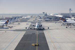 Fraport: Ζητά 74 εκατ. ευρώ από το Δημόσιο για συντήρηση των αεροδρομίων!