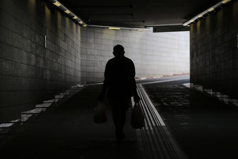 3,4 εκ. 'Eλληνες ζουν τον εφιάλτη της φτώχειας! | Newsit.gr