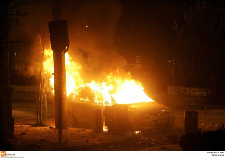 Νύχτα εμπρησμών | Newsit.gr