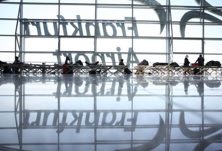 Η Κομισιόν θα αποτιμήσει τις απώλειες των αεροπορικών εταιρειών | Newsit.gr