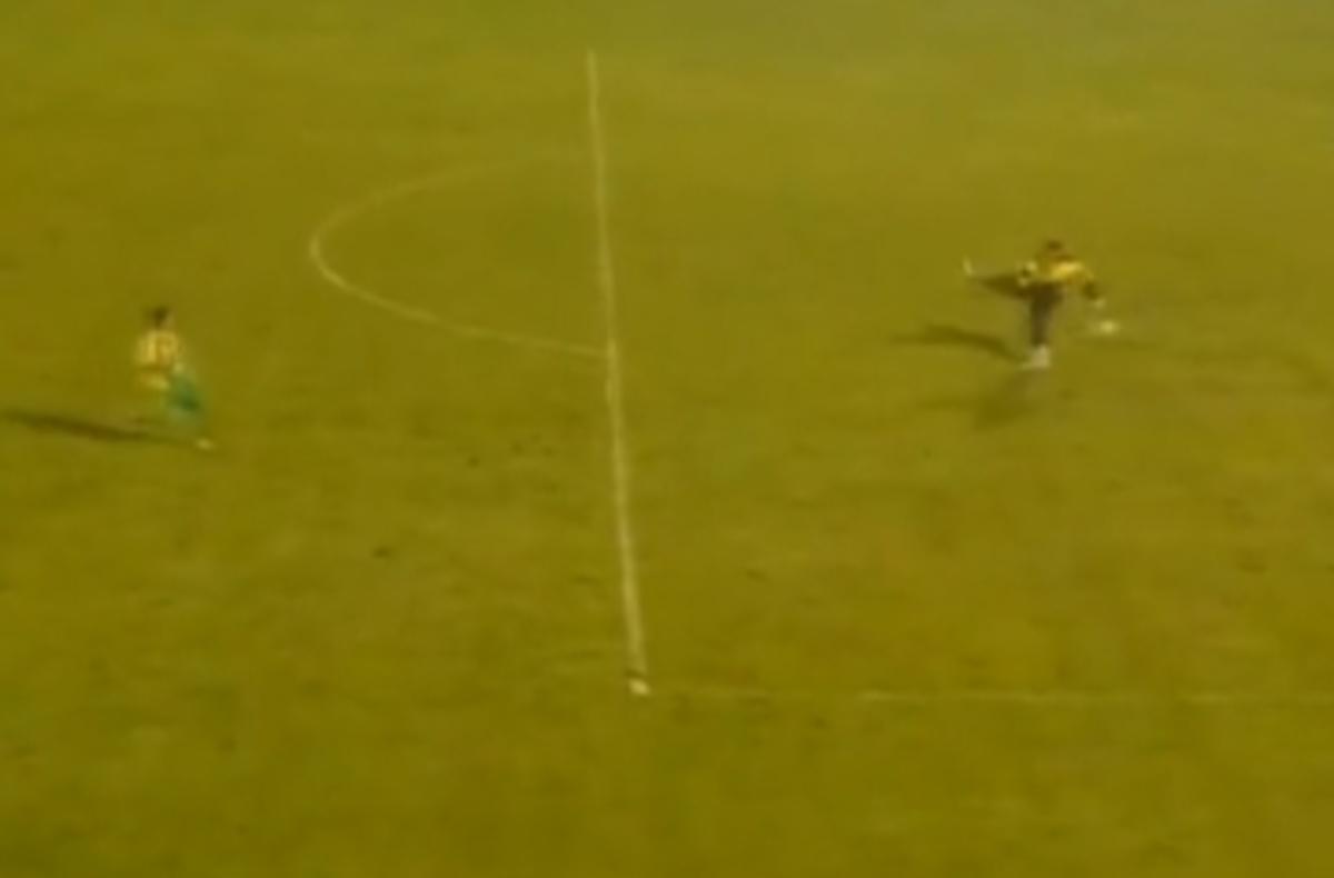 Αυτή είναι γκάφα – Τερματοφύλακας «κρέμασε» την ομάδα του (VIDEO)   Newsit.gr