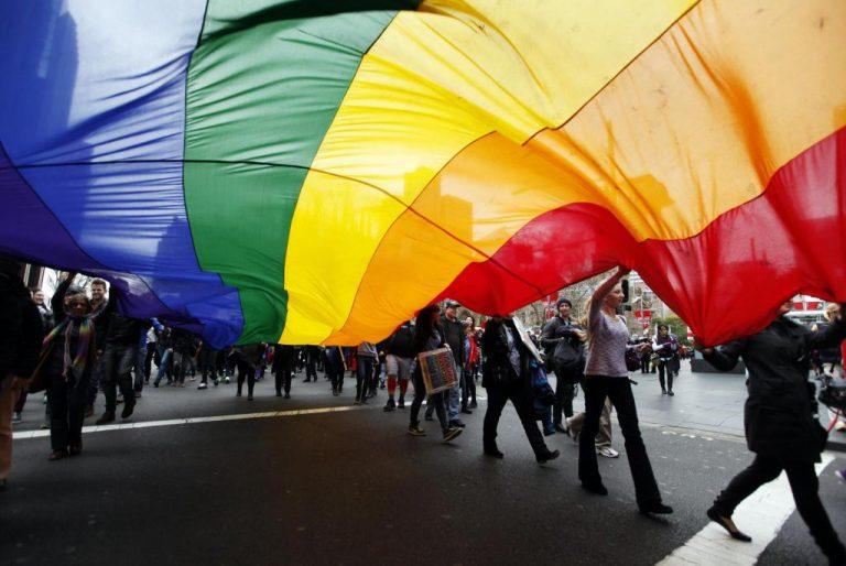 Μπράβο στην Γκίλαρντ από τους ομοφυλόφιλους! | Newsit.gr