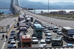 Πιο φθηνά διόδια στη γέφυρα Ρίου Αντίρριου ζητά ο Δήμος Ναυπάκτου