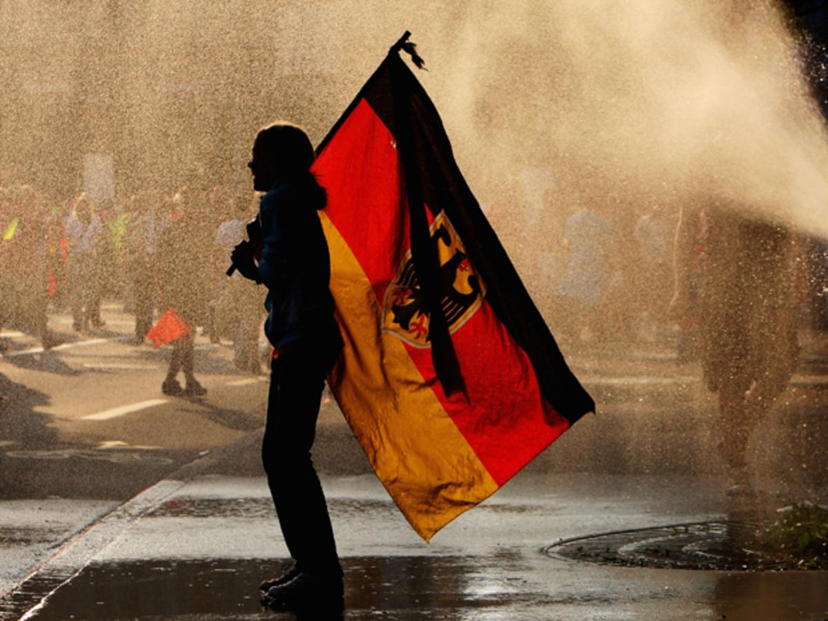 Απολύσεις ετοιμάζουν και οι επιχειρήσεις στη Γερμανία | Newsit.gr