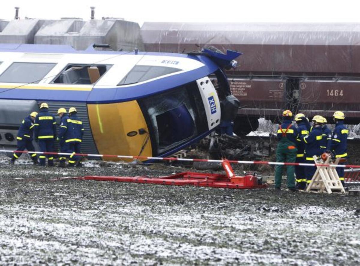 Πολύνεκρο δυστύχημα στη Γερμανία   Newsit.gr