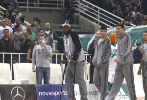 Παναθηναϊκός – Ολυμπιακός, Euroleague:  Με πατερίτσες ο Γκιστ στο γήπεδο [pics]