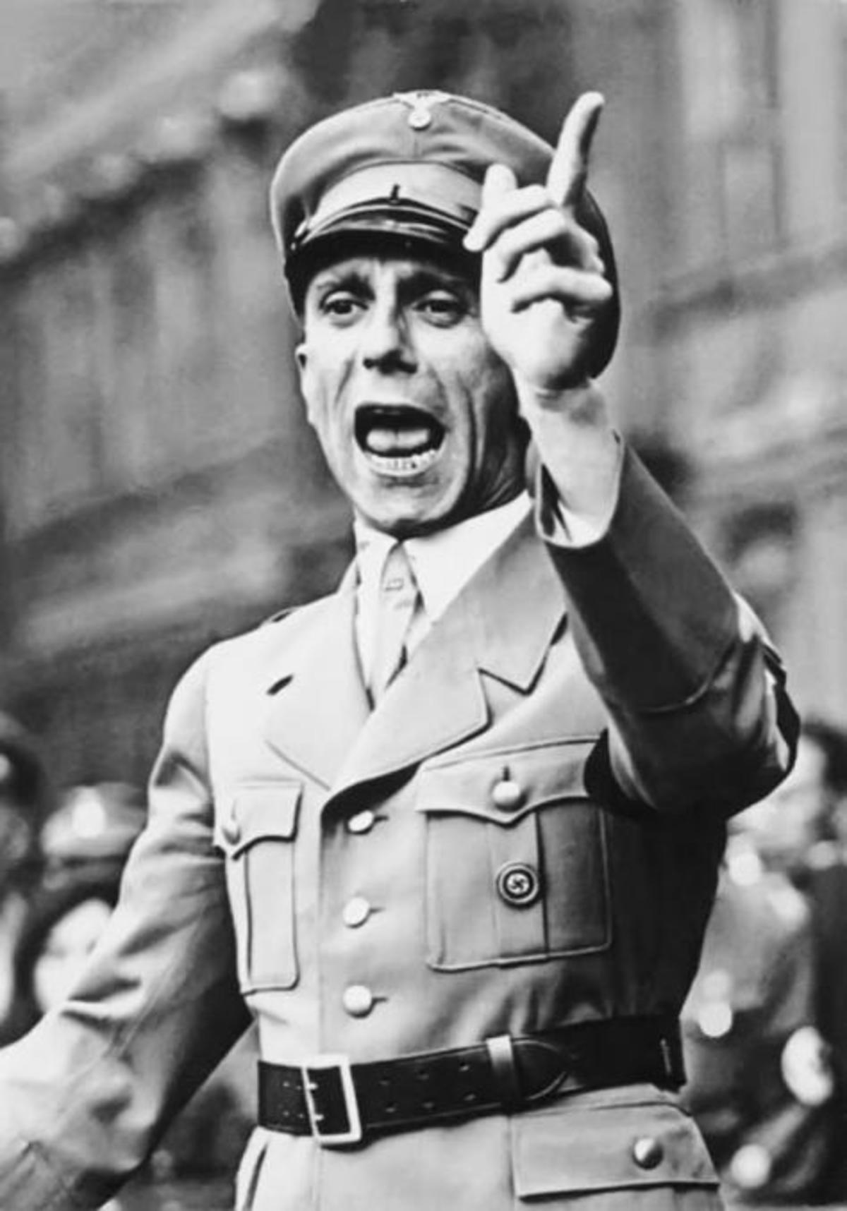 «Η ΕΕ δεν μπορεί να είναι το 4ο Ράϊχ» και η «δικαίωση» του Γκέμπελς.Ποιος πολιτικός τα είπε | Newsit.gr