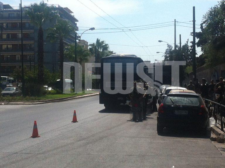 Με μηνύσεις κατά της αστυνομίας απαντά η Χρυσή Αυγή – Όλη η ανακοίνωση | Newsit.gr