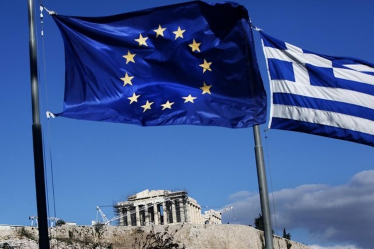 Αυστριακός οικονομολόγος: Πιθανή νέα διαγραφή του ελληνικού χρέους | Newsit.gr