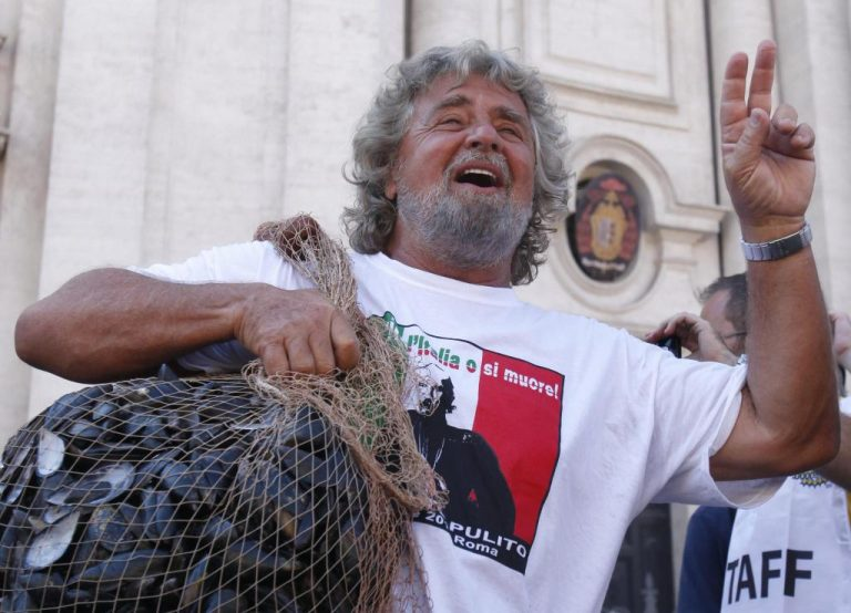 Ο Μπέπε Γκρίλο είναι ο… Τσίπρας της Ιταλίας | Newsit.gr