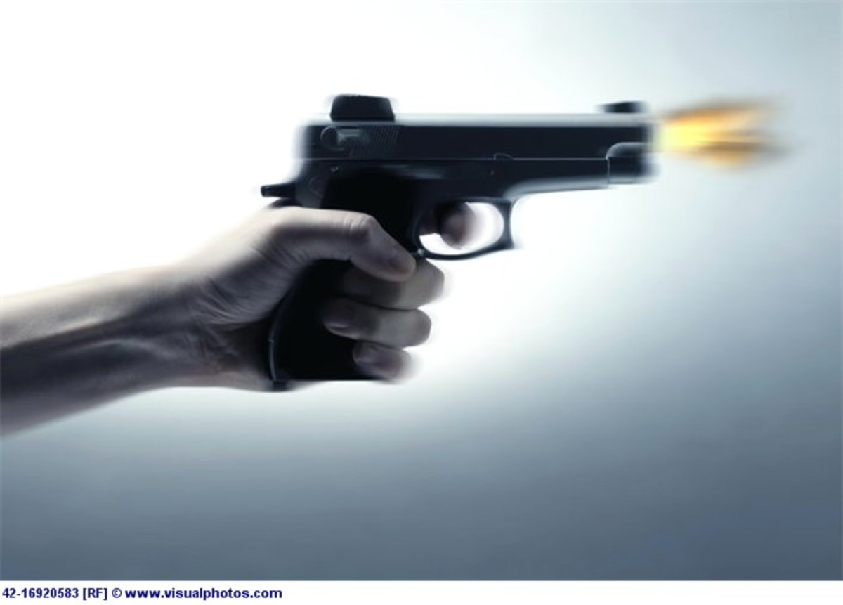 Πυροβολισμοί έξω απο μπαρ – Στο νοσοκομείο δύο άτομα | Newsit.gr