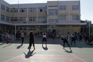 «Υγιεινός περίπατος» το γυμνάσιο! Απολυτήριο με 5 (με άριστα το 20)