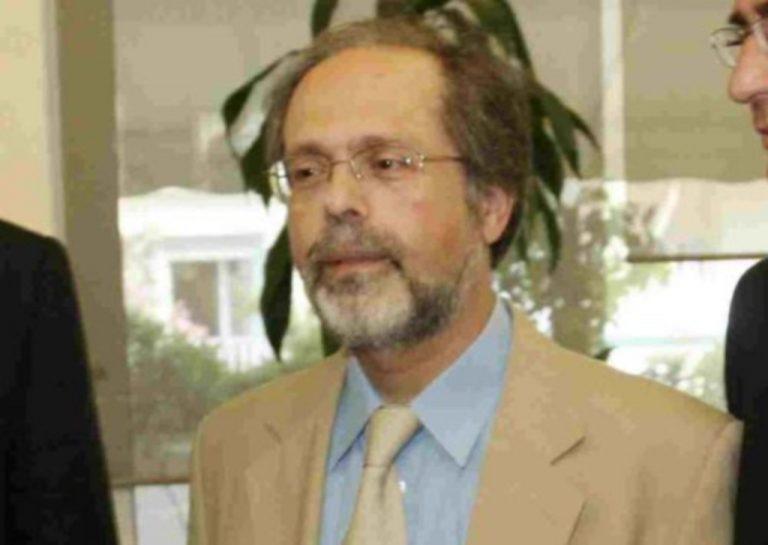 Γιαούρτωσαν τον πρώην πρύτανη του Πολυτεχνείου Κρήτης | Newsit.gr