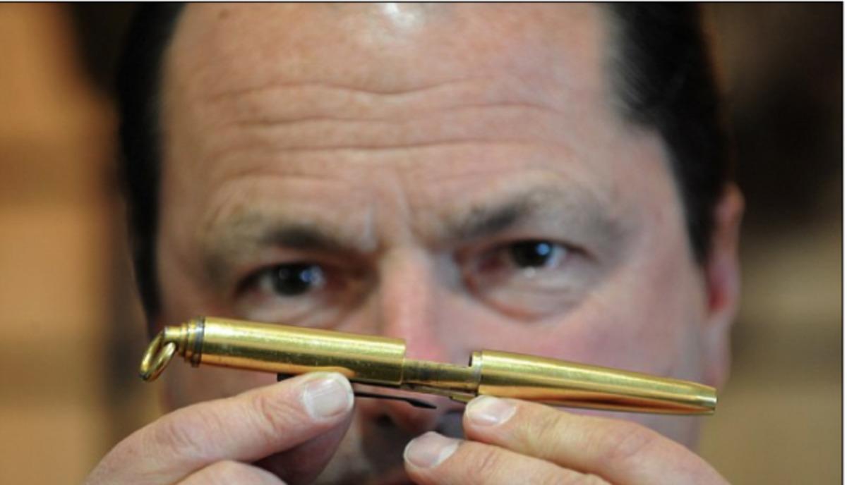Το στυλό που σκοτώνει!   Newsit.gr