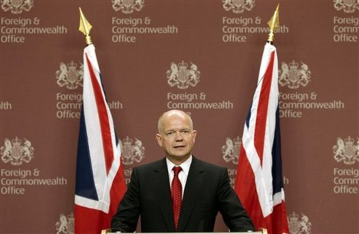 Βρετανία: Δεν αποκλείεται μία στρατιωτική επέμβαση στη Συρία   Newsit.gr
