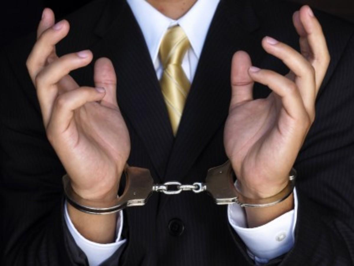 Συνελήφθη 54χρονος στον Άλιμο για φοροδιαφυγή και μη καταβολή εργοδοτικών εισφορών | Newsit.gr