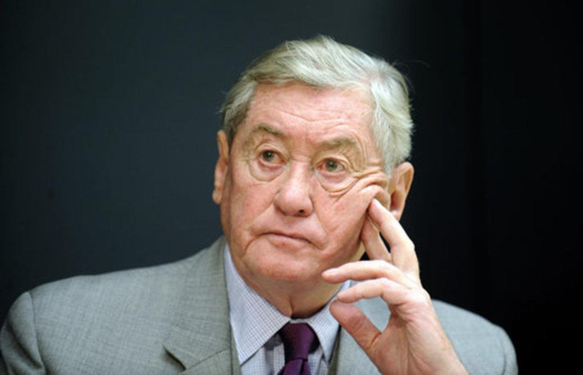 «Απερίσκεπτη θεραπεία» το μνημόνιο που μπορεί να στείλει «τον ασθενή» στο θάνατο | Newsit.gr