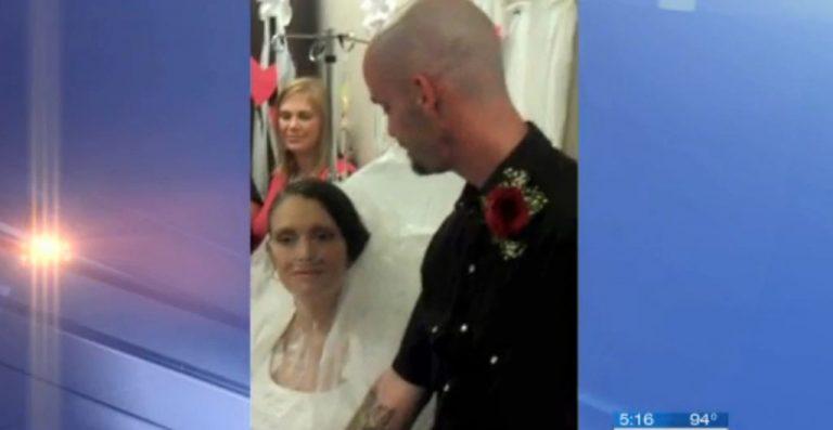 Την παντρεύτηκε λίγο πριν πεθάνει στο νοσοκομείο – Συγκινητικό βίντεο!   Newsit.gr
