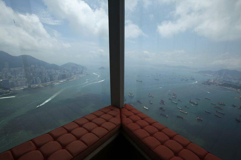 Φωτογραφίες και βίντεο από το ψηλότερο ξενοδοχείο του κόσμου!   Newsit.gr
