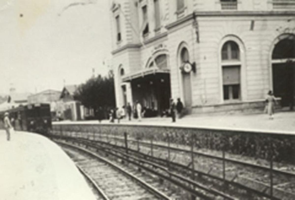 Η ιστορία των τρένων Πειραιά – Κηφισιάς μέσα από σπάνιες φωτογραφίες | Newsit.gr
