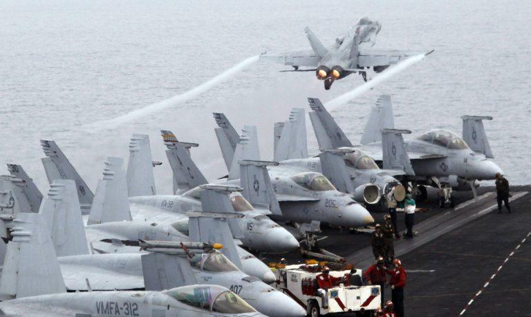 Πολεμικά των ΗΠΑ και του Ισραήλ κατευθύνονται στον Περσικό | Newsit.gr