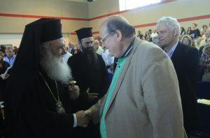 Ιερώνυμος προς Τσίπρα: Ο Φίλης κάνει πολιτική κατήχηση κατά της Εκκλησίας