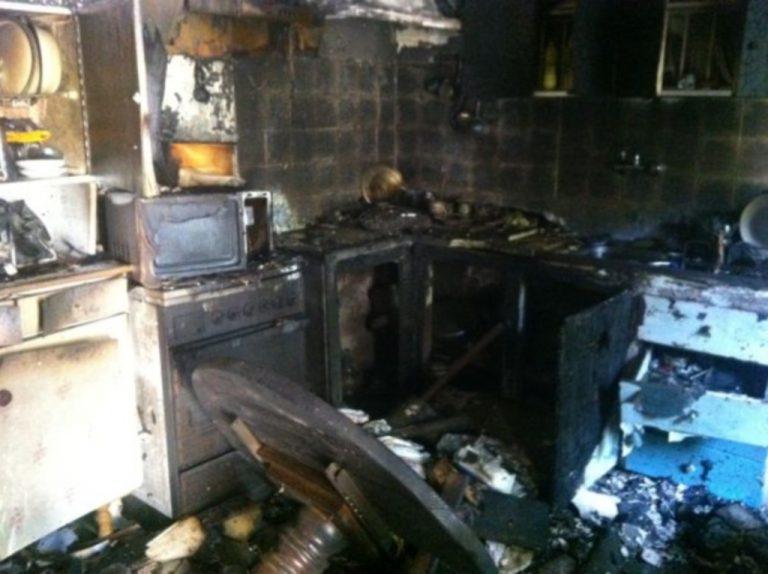 Έβαλε να μαγειρέψει και έκαψε το σπίτι του! Δείτε φωτό | Newsit.gr