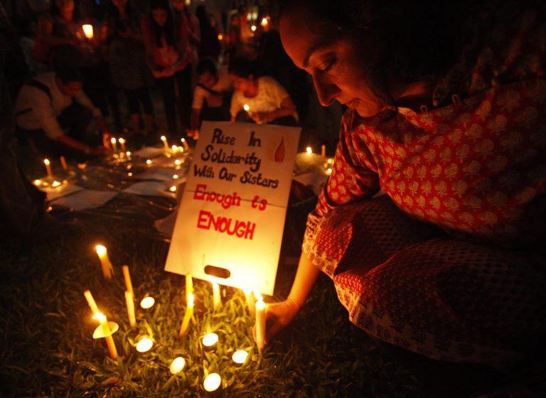 Μαρτυρία σοκ για τον ομαδικό βιασμό της 23χρονης ινδής | Newsit.gr