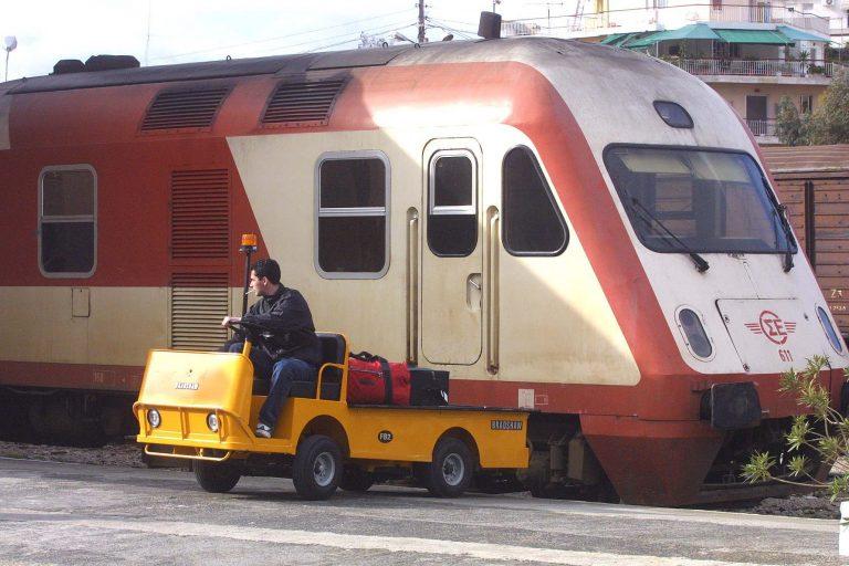 Αλεξανδρούπολη: Δύο νεκροί από σύγκρουση τρένου με αυτοκίνητο! | Newsit.gr
