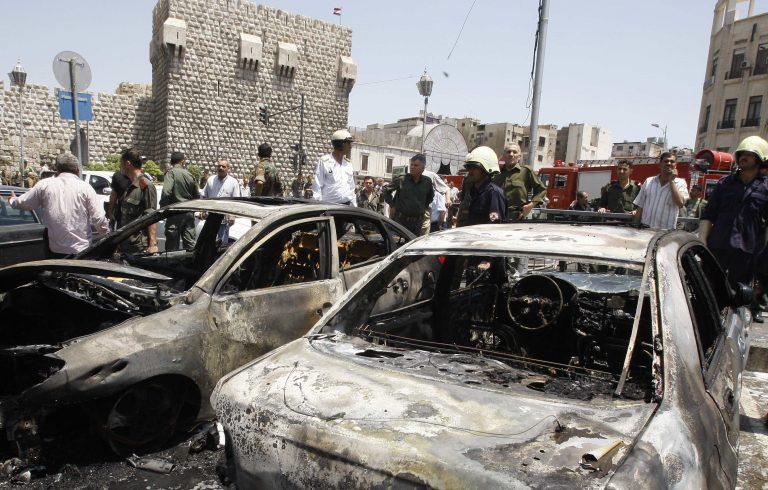 Ιράν: 11 νεκροί από εκρήξεις σε παγιδευμένα αυτοκίνητα | Newsit.gr