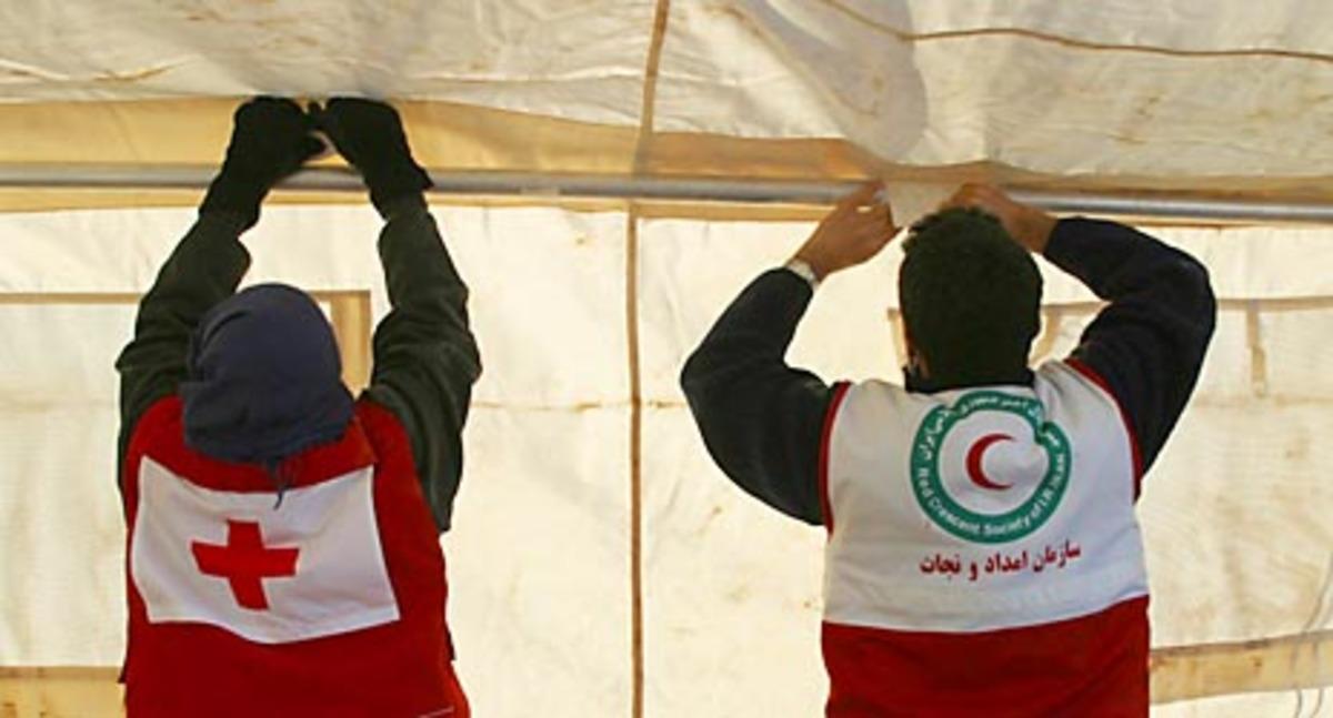 Λιβύη: Απελευθερώθηκαν τα 7 μέλη του Ερυθρού Σταυρού που είχαν απαχθεί τον Ιούλιο | Newsit.gr