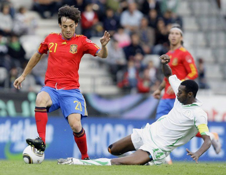 Νίκησε αλλά προβλημάτισε η Ισπανία | Newsit.gr