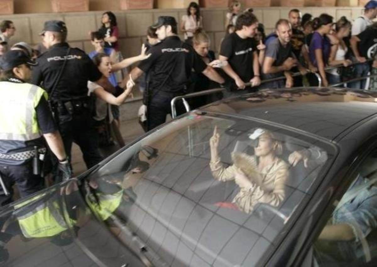 Ισπανίδα βουλευτής: «Οι άνεργοι να πάνε να γαμηθ…» – ΒΙΝΤΕΟ | Newsit.gr