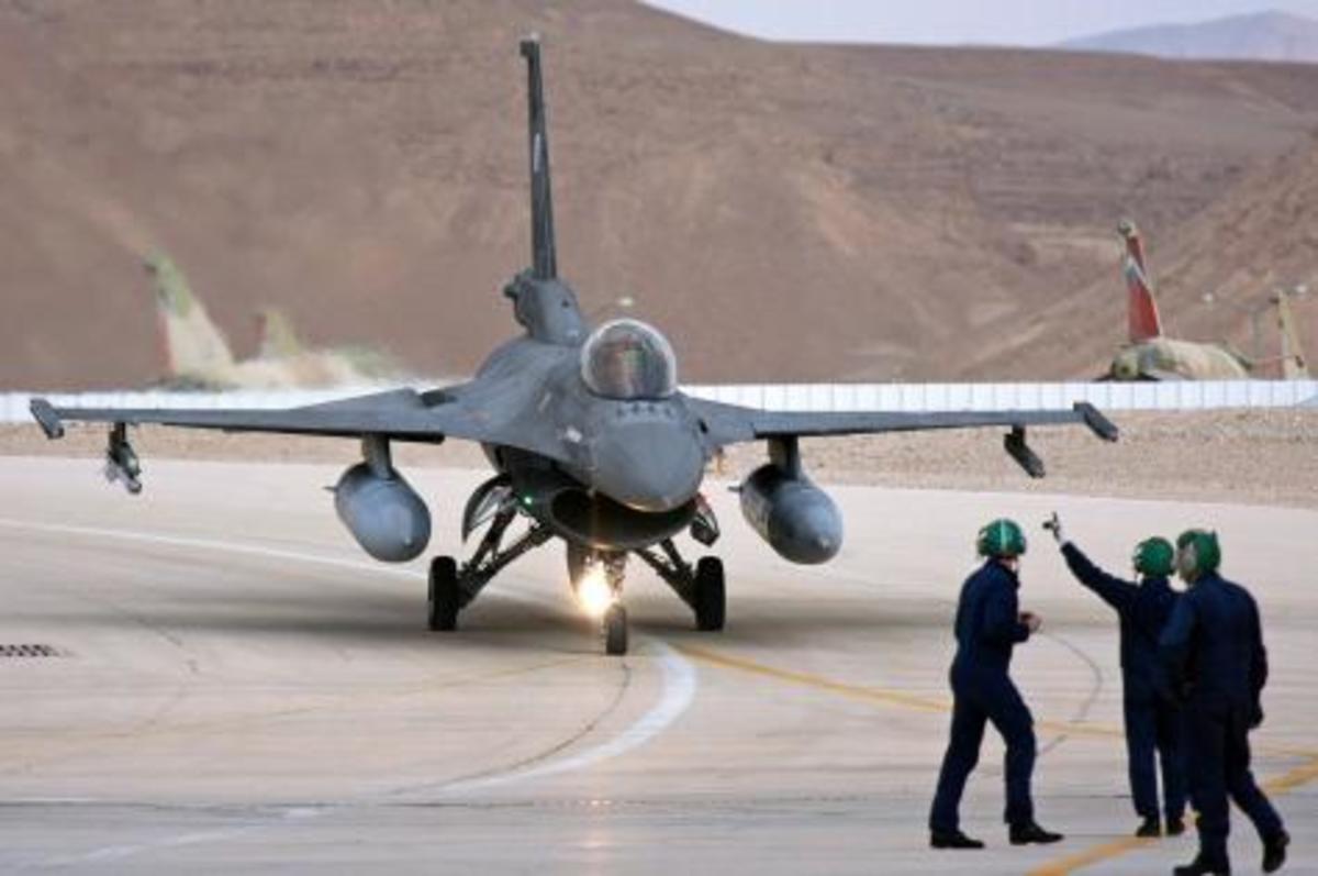 Ο Έρογλου «τρέμει» για την ισραηλινή βάση στη Κύπρο   Newsit.gr