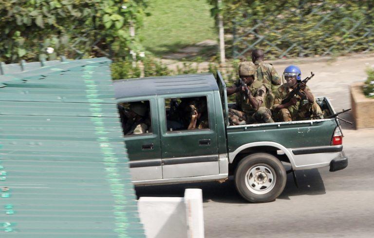 Σοβαρά τραυματισμένοι 4 κυανόκρανοι στην Ακτή Ελεφαντοστού   Newsit.gr