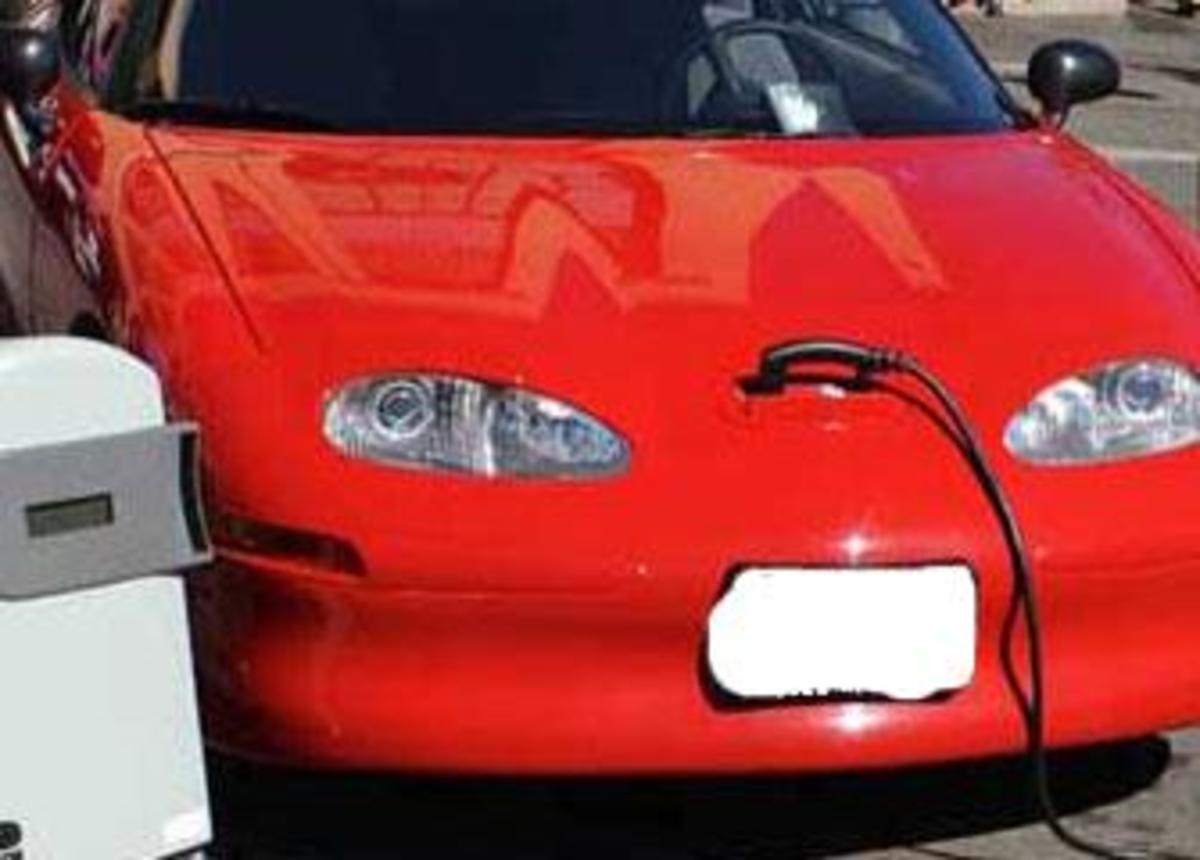 Γεμίστε τζάμπα το αυτοκίνητο σας με νερό αντί βενζίνης! | Newsit.gr
